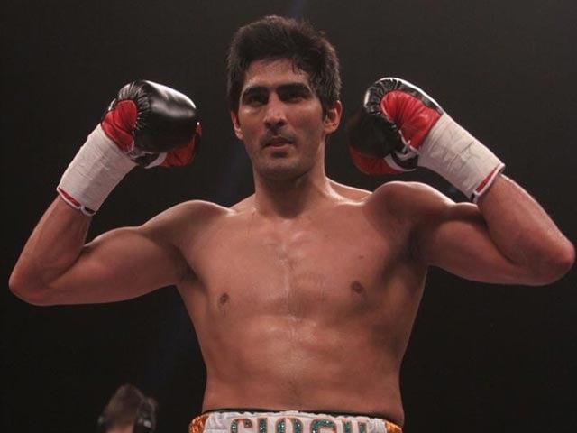 Vijender Singh Continues Winning Streak, Beats Opponent Who Drank Snake Blood