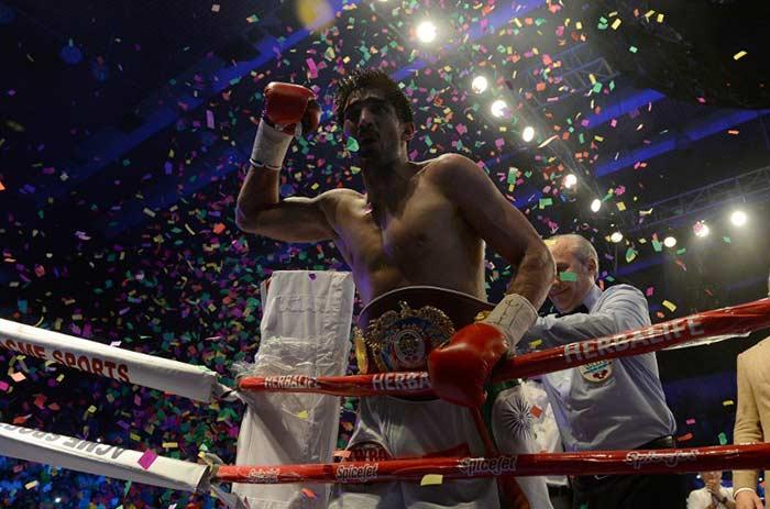 विजेंदर सिंह ने रचा इतिहास, WBO एशिया पैसिफिक खिताब किया अपने नाम