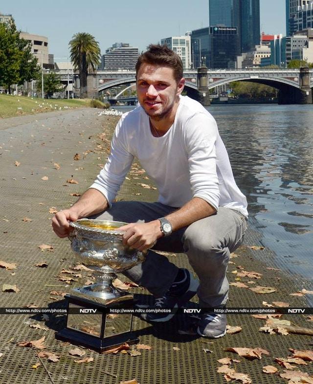 Stanislas Wawrinka celebrates Australian Open triumph