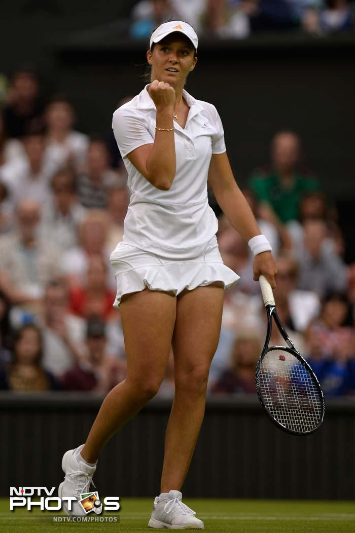 Wimbledon 2013, Day 5: Ferrer, Murray cruise, Robson delights