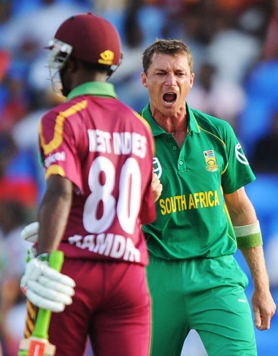 1st ODI: WI vs SA
