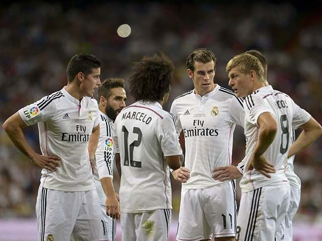 Photo : Super Cup: James Rodriguez Scores on Debut but Real Madrid Held by Atletico Madrid in First Leg