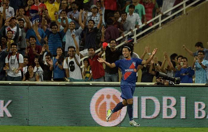 ISL: Mumbai City FC Put Five Past FC Pune City
