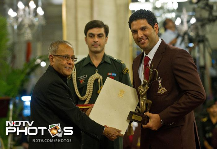 Yuvraj Singh receives Arjuna Award
