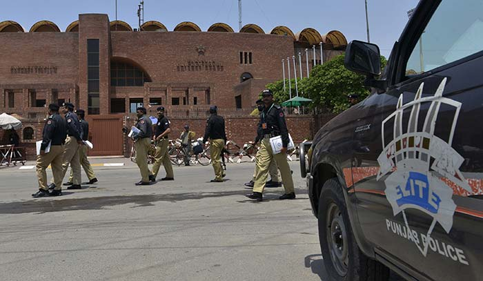 Zimbabwe Cricketers Arrive in Pakistan, Given Unprecedented Security