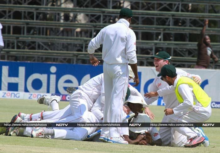 Zimbabwe square Test series with Pakistan after shock win