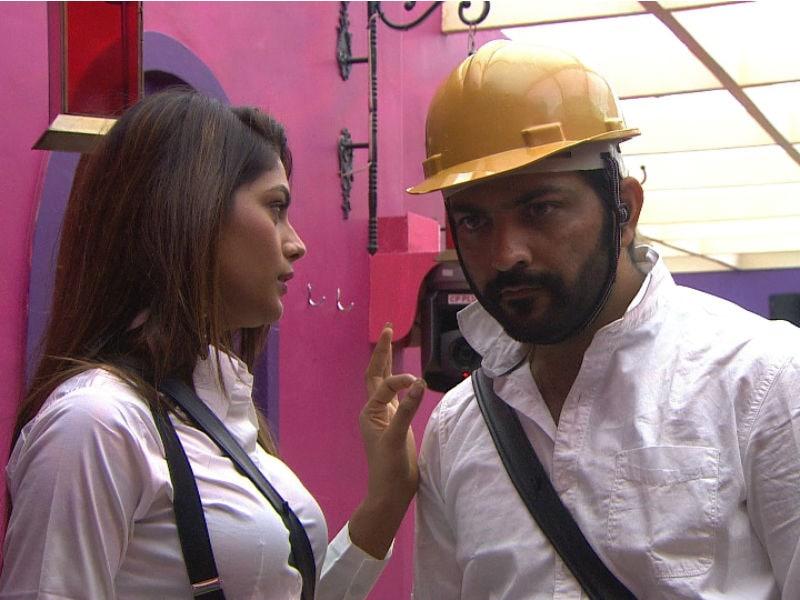 Photo : बिग बॉस 10 : लोपामुद्रा राउत और मनु पंजाबी करेंगे खजाने की चोरी