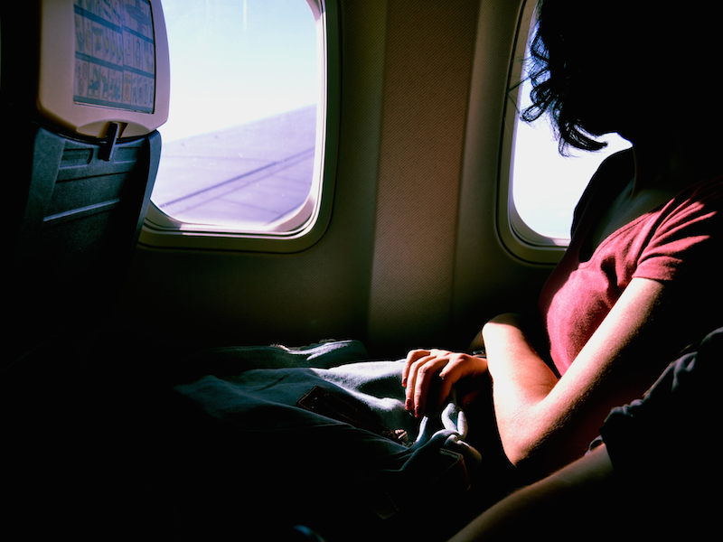 3 Ways To Look And Feel Fresh After A Long- Haul Flight