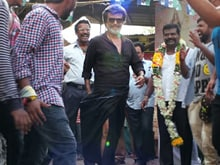 Video : Rajinikanth Brings <i>'Kaala'</i> To His Fans