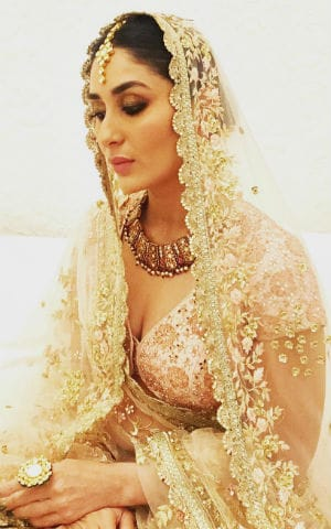 This Pic Of Kareena  As A Bride Is Going Viral