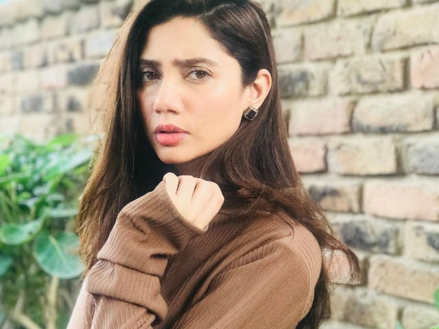 Mahira Khan Trolled For Film 'Disclaimer,' Told To Leave Pakistan
