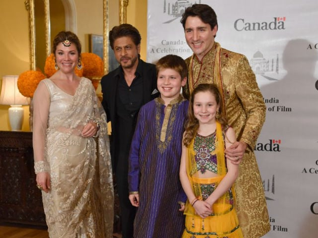 Shah Rukh Khan Meets Justin Trudeau And Family. See Pics