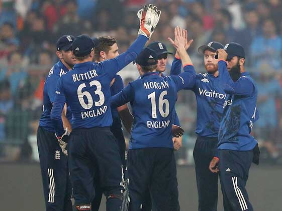 3rd ODI: Jadhav's Knock Goes In Vain as England Beat India by 5 Runs