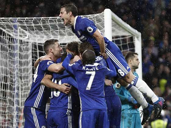 Chelsea Go 11 Points Clear, Leicester City Into Bottom 3