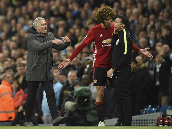 Premier League: Marouane Fellaini Sent Off as Manchester Derby Ends in Goalless Draw