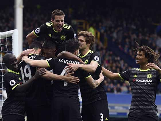 Chelsea Beat Everton But Tottenham Hotspur Hot On Their Heels