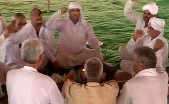 हरियाणा : आरक्षण की मांग को लेकर हवन के साथ जाटों ने शुरू किया आंदोलन, आठ जिलों में धारा 144