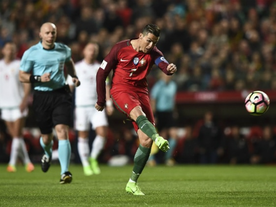 Netherlands Suffer World Cup Qualifying Shock, Portugal Cruise