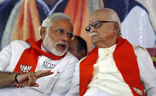 लालकृष्ण आडवाणी ने ब्लॉग लिखकर BJP के तौरतरीकों पर उठाए सवाल तो PM मोदी ने किया यह Tweet
