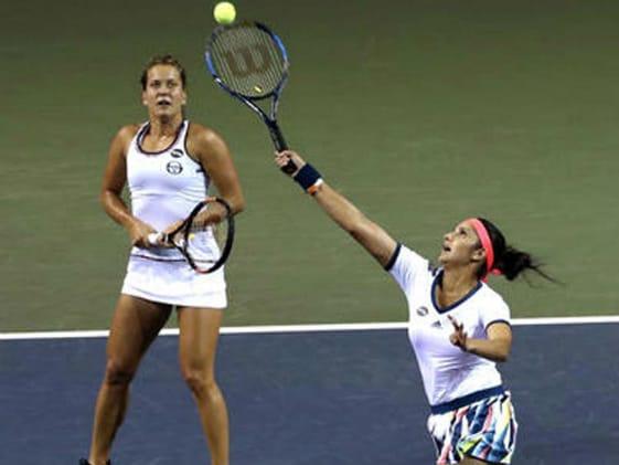 Australian Open: Sania Mirza Wins, Rohan Bopanna Loses