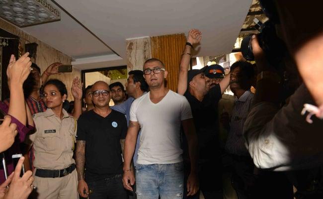 Sonu Nigam Azaan Row: Saif Says Singer's Tweets Were 'A Bit Aggressive'
