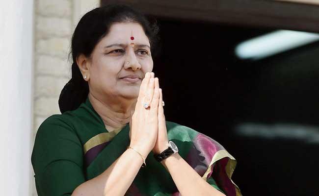 अन्नाद्रमुक नेता वीके शशिकला को बीमार पति से मिलने के लिए 5 दिन का पैरोल मिला