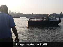 महाराष्ट्र के मुख्य सचिव सहित 25 यात्रियों को ले जा रही बोट शिवाजी स्मारक के पास पलटी, एक की मौत