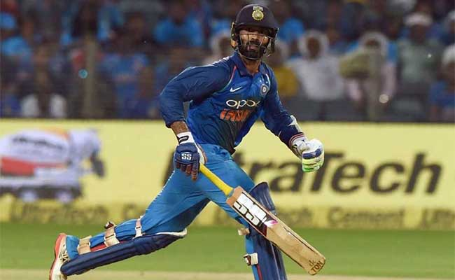 IND VS BAN Final: आखिरी गेंद पर छक्का लगाकर दिनेश कार्तिक ने टीम इंडिया को बनाया चैंपियन