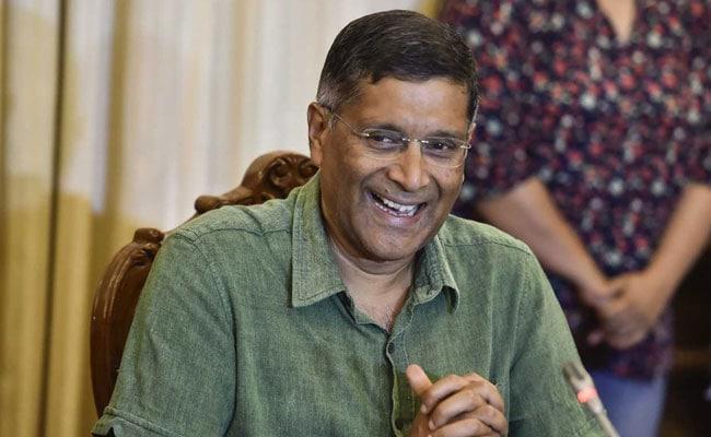 अरविंद सुब्रमण्यन ने मुख्य आर्थिक सलाहकार का पद छोड़ा, अरुण जेटली को बताया 'ड्रीम बॉस'