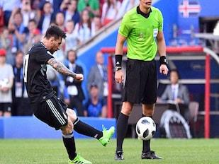 Iceland Hold Argentina, France Down Australia