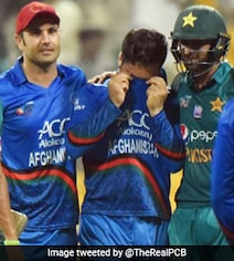 Watch: Shoaib Malik Consoles Afghanistan Bowler After Dramatic Win