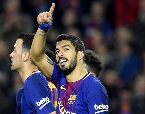 Luis Suarez Hat-Trick Extends Barcelona's La Liga Lead