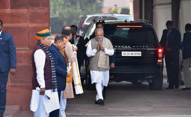PM Urges Teamwork, Congress Seeks Apology In 'Pak Meet' Row: 10 Points