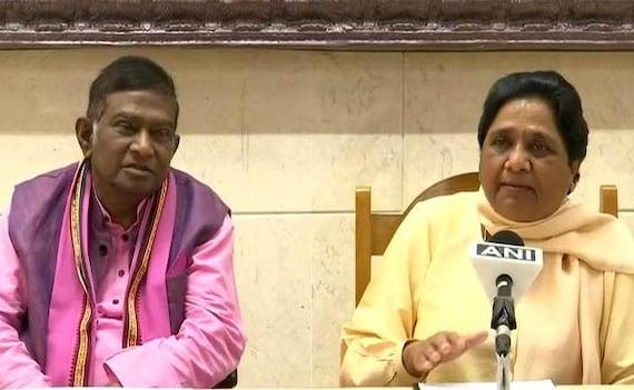 Mayawati Snubs Congress, Allies With Ajit Jogi For Chhattisgarh Polls