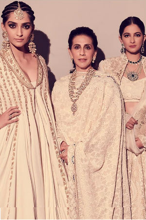 Sonam And Rhea Are The Stylish Kapoor Sisters