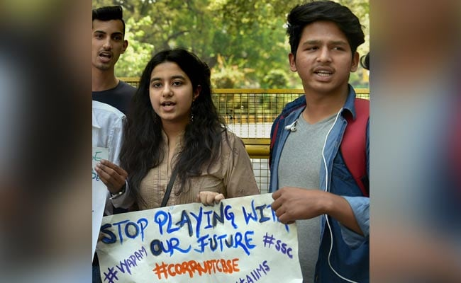 CBSE Board Paper Leak 2018 Highlights: Students In Delhi Protest