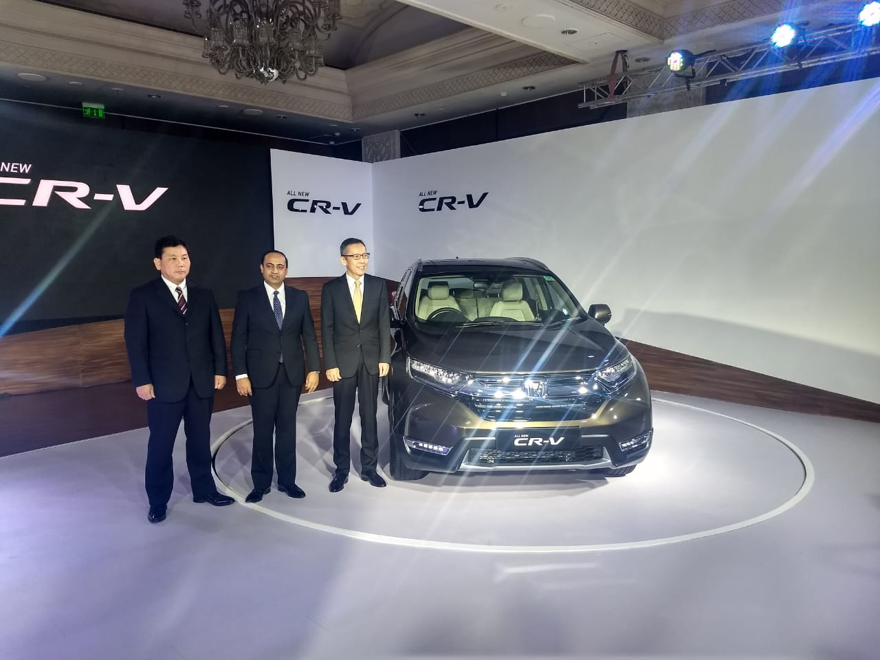 2018 honda cr-v india launch live updates: images, specifications
