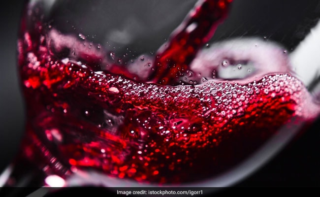 Can You Drink Alcohol On A Low-Carb Diet?