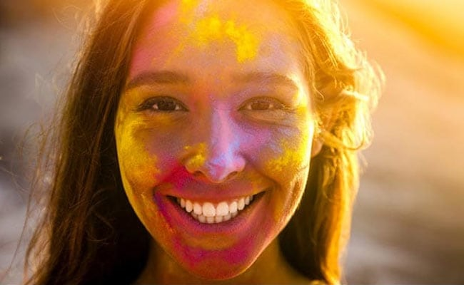 Protect Your Skin And Hair From Damage Caused By Holi Colours With These Quick And Easy Tips