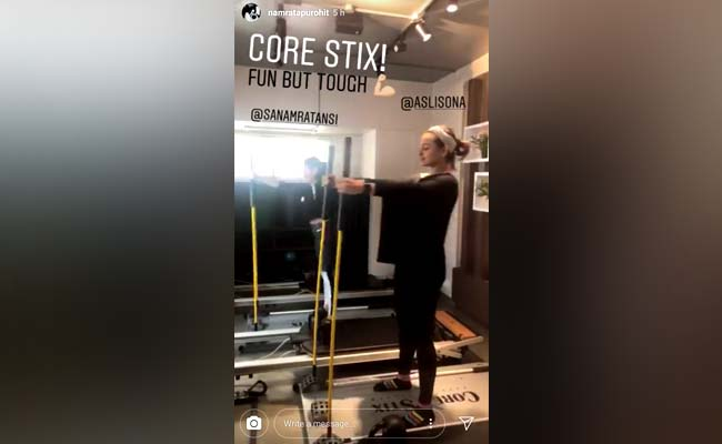 Core Stix! What Is This New Equipment Sonakshi Is Working Out On?