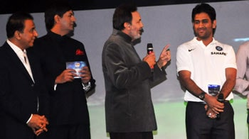 Video : इंडियन हीरोज़ ऑफ द ईयर बनी टीम इंडिया