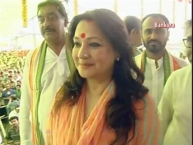 Video : Moon Moon Sen's 'parivartan': from acting to politics