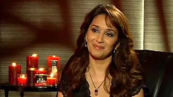 Video : Madhuri wishes mommy-to-be Ash