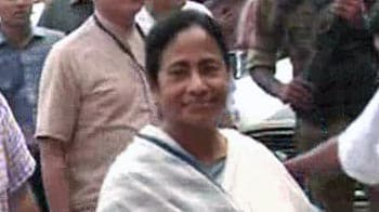 Video : Mamata Banerjee's nephew arrested for slapping traffic cop