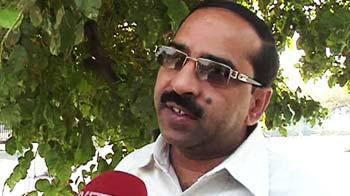 Videos : कौन दे रहा हशमत को धमकी?