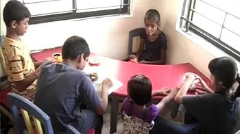 Video : School going volunteers making a difference in the society