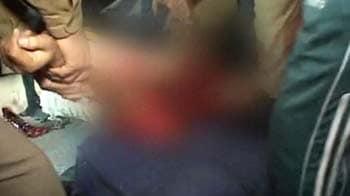 Video : Man falls onto railway tracks, is run over by train