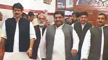 Video : In 25 seconds, Mayawati gets House to approve division of UP