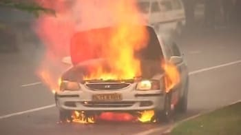 Video : Watch car bursts into flames in Delhi