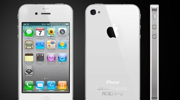 Video : iPhone 4S launches in India
